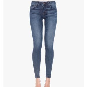 Joes Jeans Size 25R- The Vixen Skinny Ankle Jean